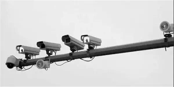 路遇这些摄像头,车主该如何躲闪?