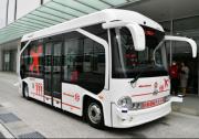 """""""中国制造""""无人驾驶客车首次驶入日本,开启""""智慧机场""""服务"""